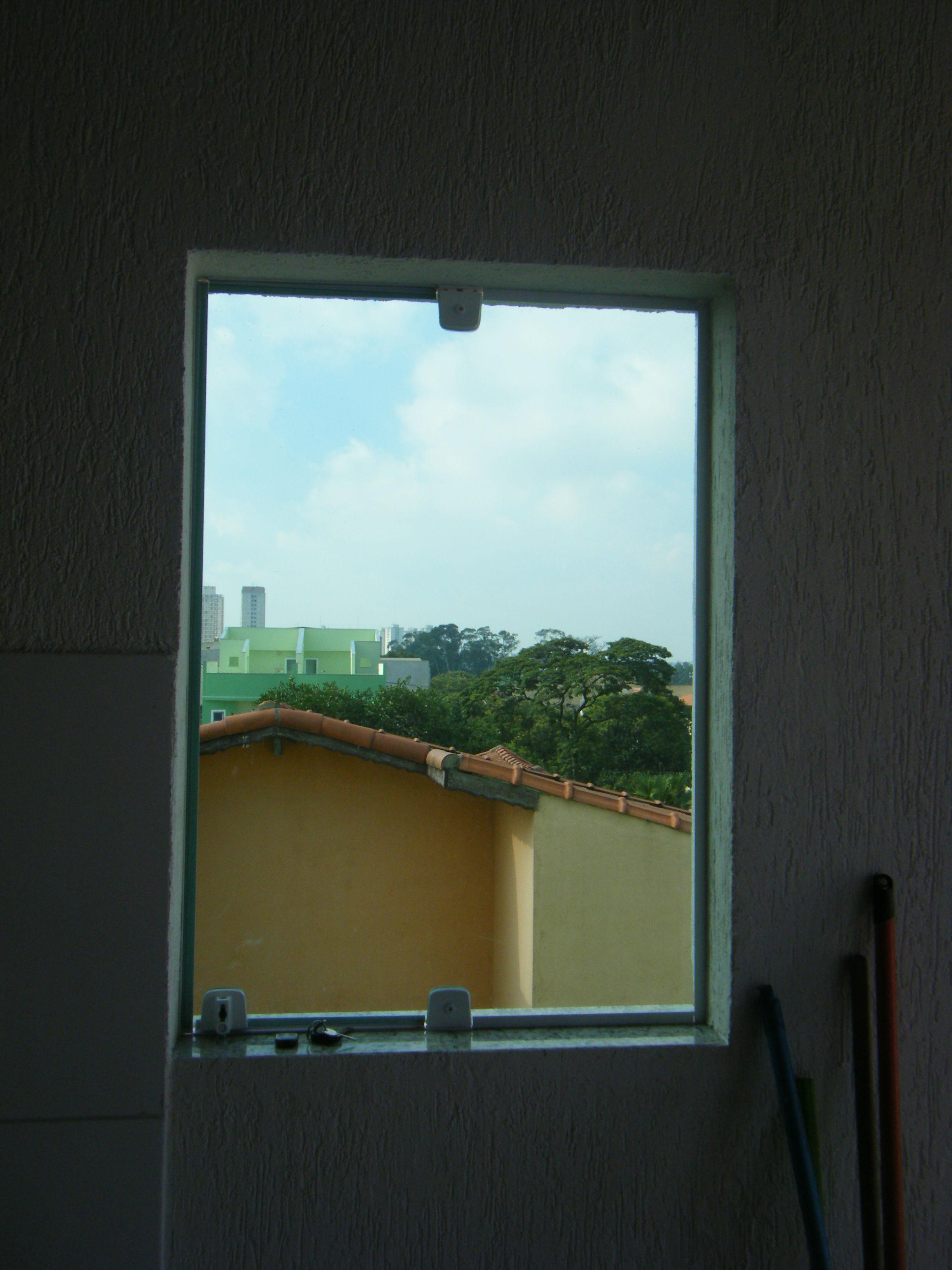 #388E93 16 de fevereiro de 2012 quinta janela pivotante janela em vidro verde  114 Janelas De Vidro Em São Luis