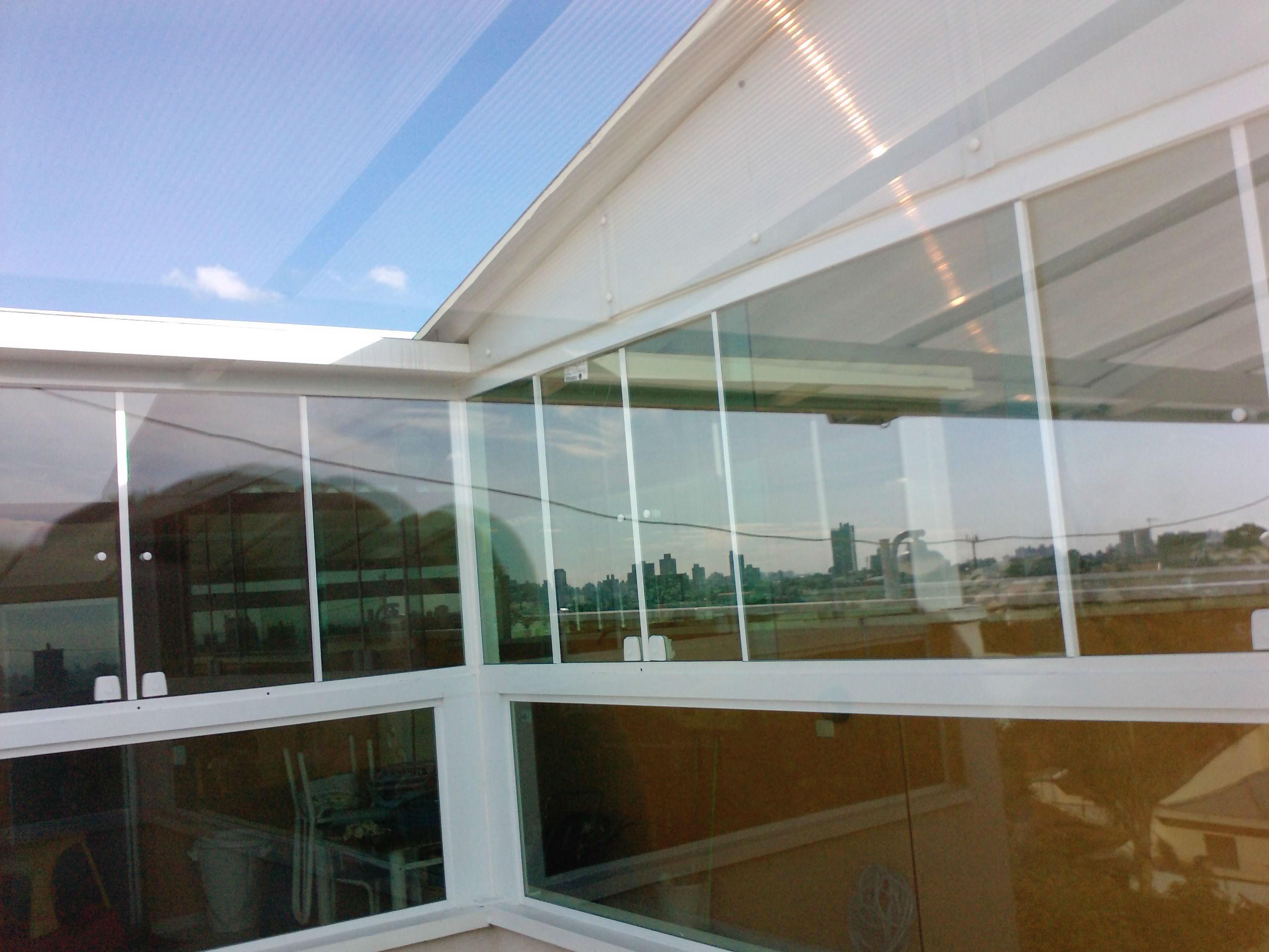 #5F431C Fechamento de área com vidros fixos   janelas de correr em vidro  122 Janelas De Vidro Fixo